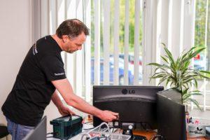 Pruefservice ortsveraenderlicher elektrischer Betriebsmittel