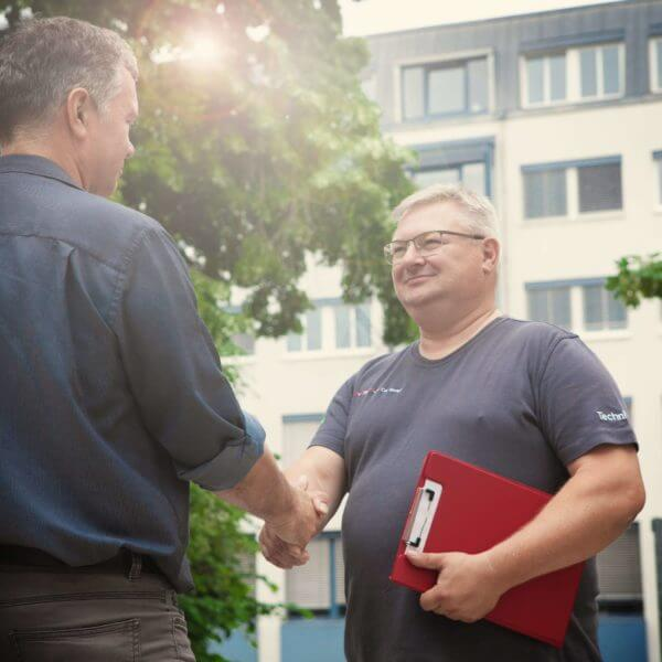 Überprüfung elektrischer Geräte für Facility Manager dguv v3