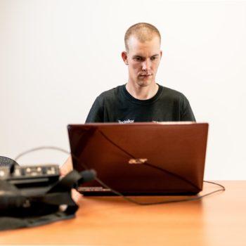 Prüfung ortsveränderlicher elektrischer Betriebsmittel nach den Prüffristen e-check