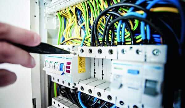 elektrische anlagenpruefung