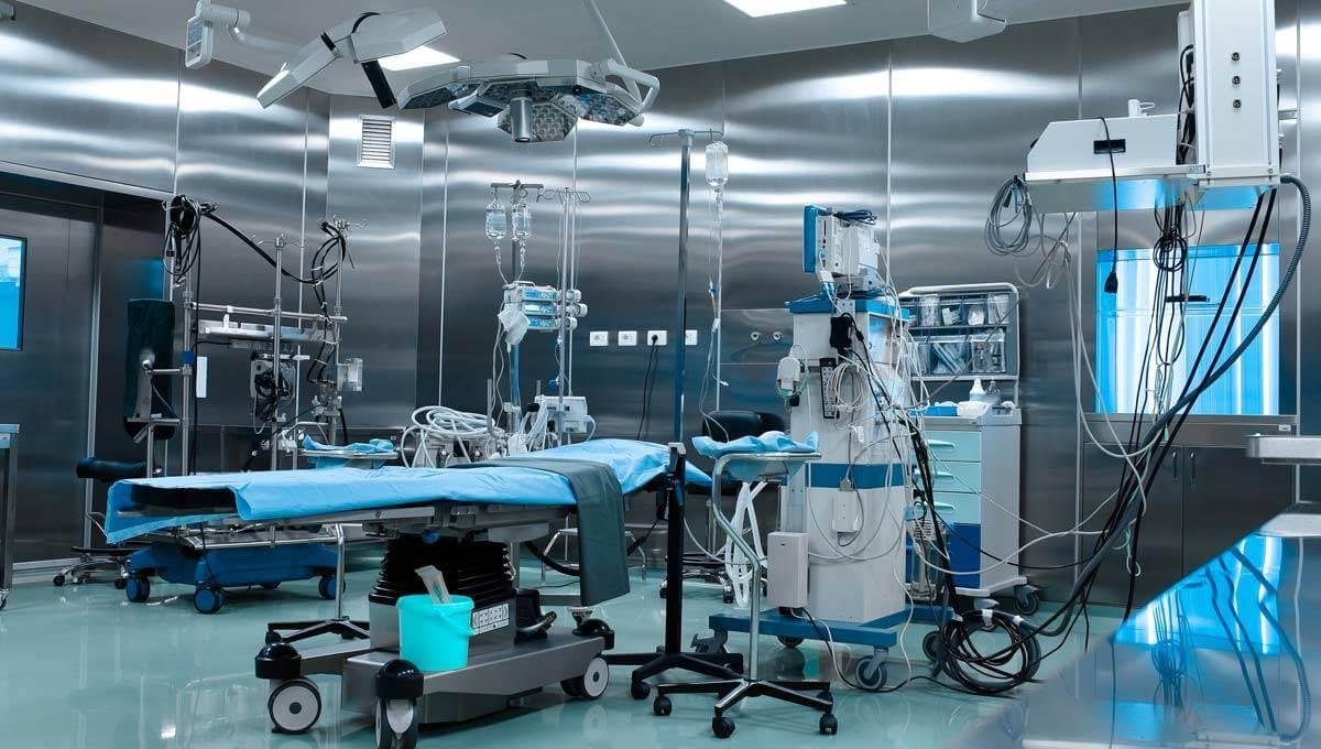 Die Prüfung medizinischer Geräte in Arztpraxen, Krankenhäusern und Pflegeheimen durch den Fachmann für elektrische Sicherheitsprüfungen E+Service+Check