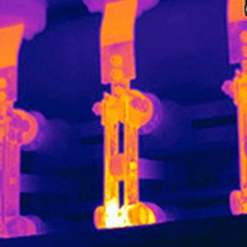 Thermografie: Ein Beispielbild für die Darstellung der Messtechnik mit der energetische Defekte und Schwachstellen gefunden werden können